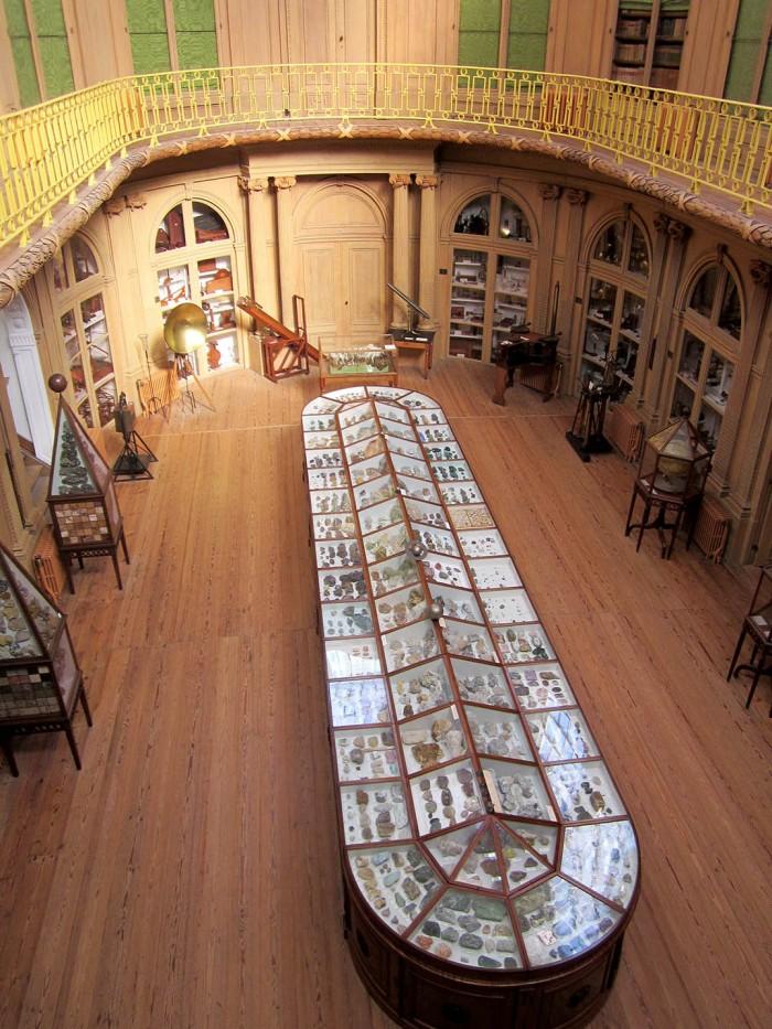 oval room teylers museum