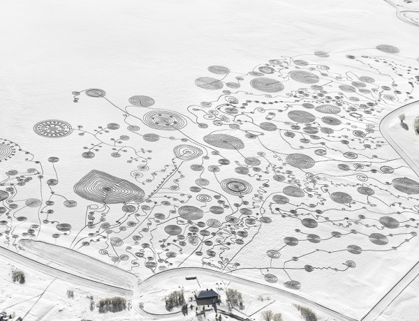 Sonja Hinrichsen snow drawings catamount